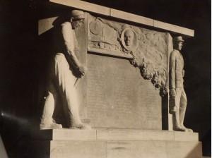 Chalon Monument à la mémoire des agents SNCF.1