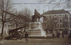 Chalon_Monument de la Défense. 4
