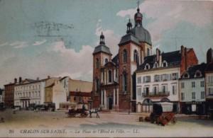 Chalon_Place de l'Hôtel de Ville. 10