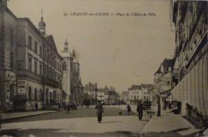 Chalon_Place de l'Hôtel de Ville. 4