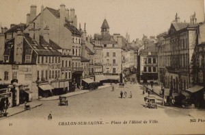 Chalon_Place de l'Hôtel de Ville. 5