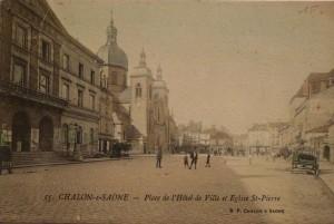 Chalon_Place de l'Hôtel de Ville. 6