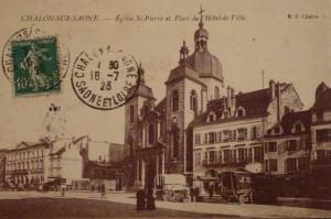 Chalon_Place de l'Hôtel de Ville. 7