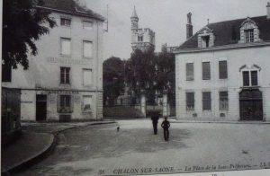 Chalon_Place de la sous-préfecture 3