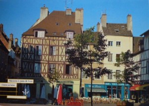 Chalon place St Vincent 2.