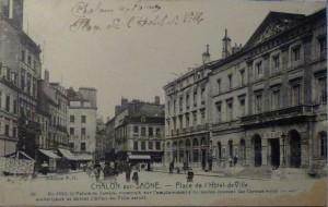 Chalon_place de l'Hôtel de Ville. 3